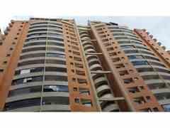 Apartamento 5 Habitaciones Venta Bs.225.000.000  (PENTHOUSE309)