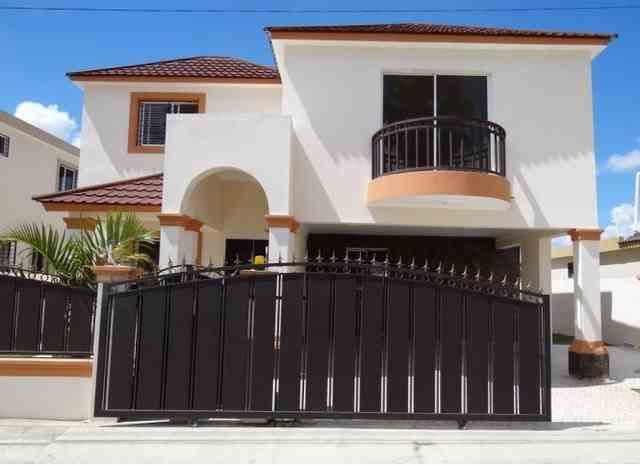 Casa en proyecto cerrado lista para estrenar 3 hab. 2 1/2 baños, RD$ 6,490,000.00