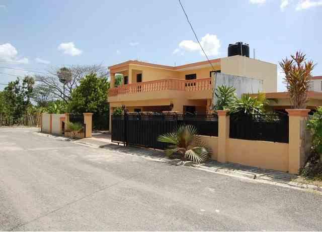 Urb. Palmas del Valle, RD$ 7,900,000.00