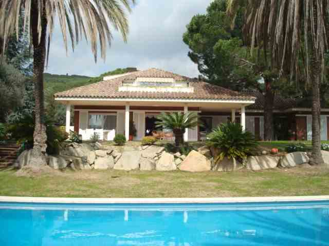 Chalet 5 Habitaciones Venta 3 500 000€  (CR0134MAR)