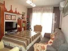 Ref. 0198 - Se vende piso en el barrio de la Estacion - Puente Genil