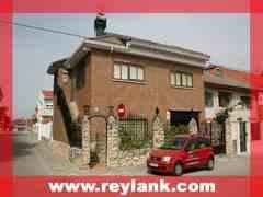 Chalet 5 Habitaciones Venta 198 000€  (2009)