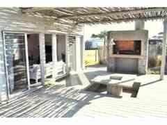 Casa Chalet en urbanizacion privada de Maldonado Uruguay