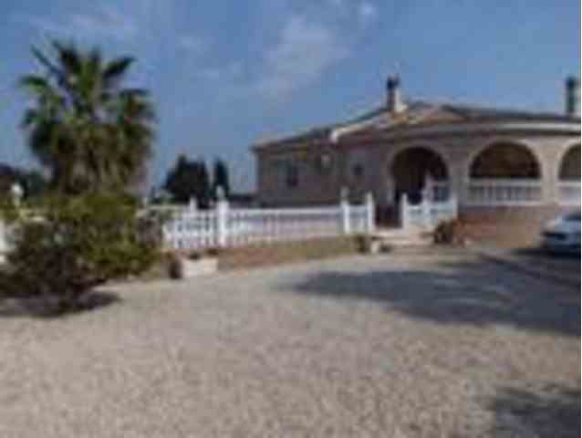 3 Dormitorios, 2 Baños Villa Se Vende en Dolores, Alicante