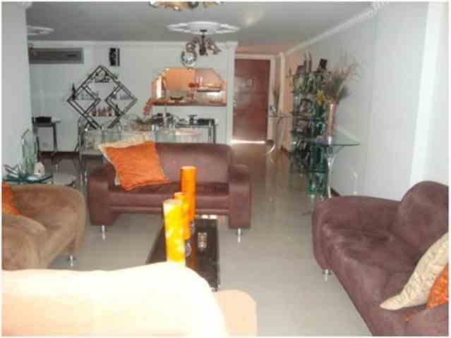 APARTAMENTO 137 METROS zona residencial de Cali