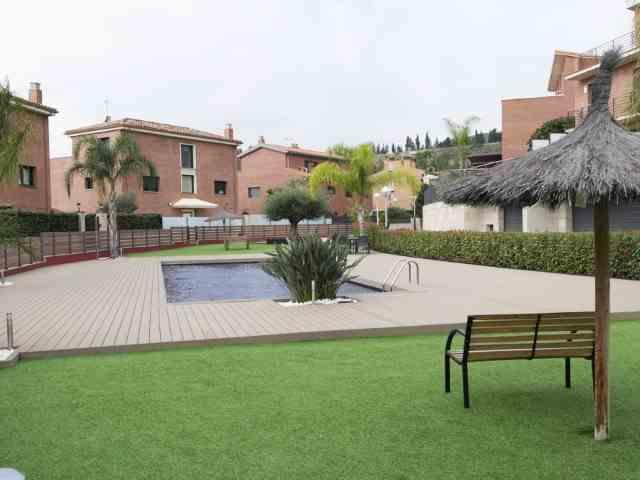 Vivienda pareada 3 Habitaciones Venta 650 000€ (CR0683MAR)