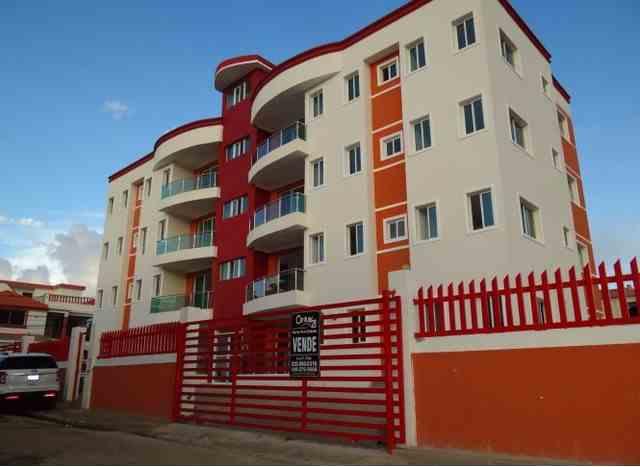 Cómodo Apartamento de 3 habitaciones y 2 baños, nuevo, Alquila, RD$ 10,000.00