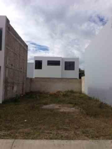 Terreno en Real San Ignacio en Col Sta Anita  por Lopez Mateos
