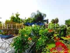 Marbella - Chalet en estilo muro en Milla de Oro