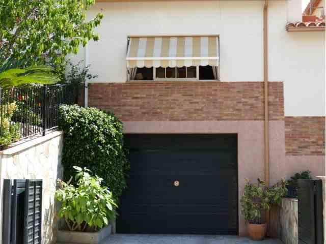 Vivienda pareada 4 Habitaciones Venta 380 000€  (CR0846MAR)