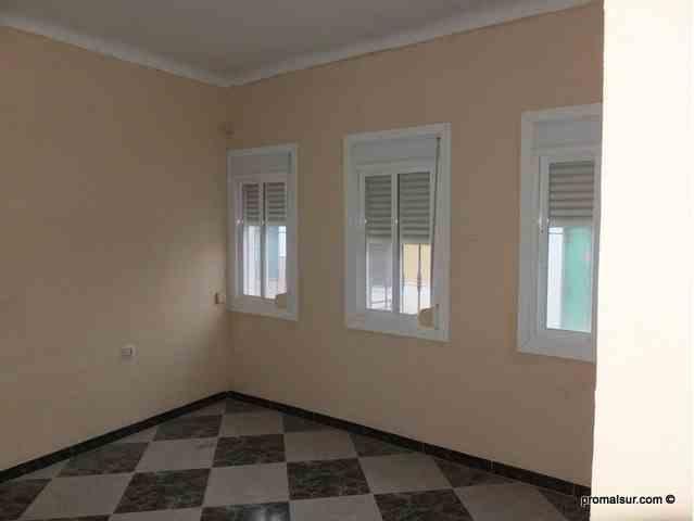 Ref. 0460 - Oportunidad Se vende piso en planta baja
