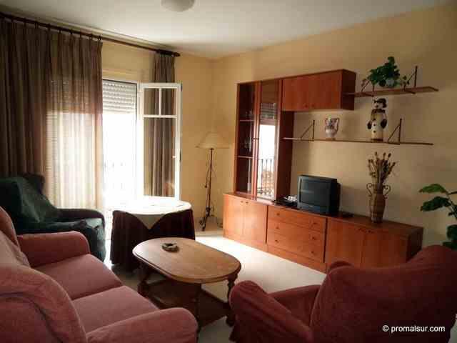 Ref. 0242 - Alquiler piso en Puente Genil centro - Zona Romeral