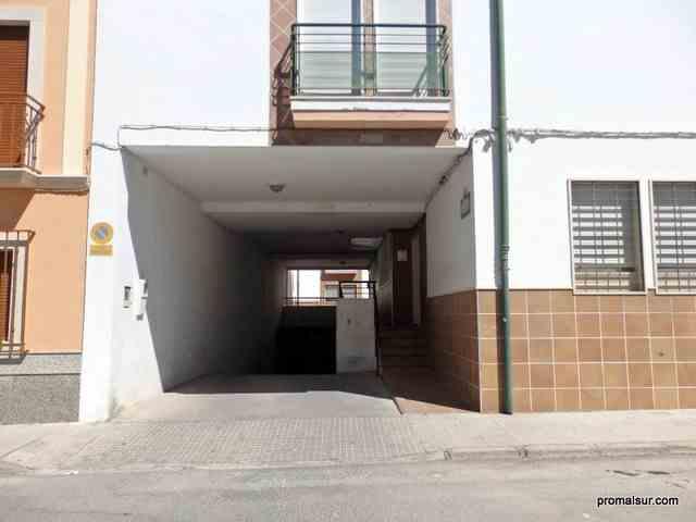 Ref. 452 - Se vende cochera cerrada numero 24 - Aguilar de la Frontera