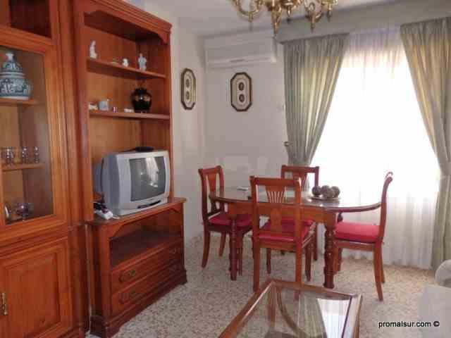 Ref. 0449 - En alquiler - Piso con 2 dormitorios en el centro de Puente Genil