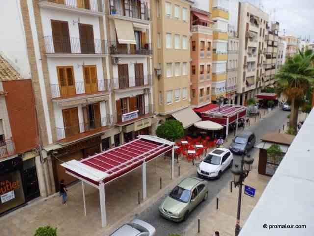 Ref. 0429 - Se alquila piso con 2 dormitorios en el Centro
