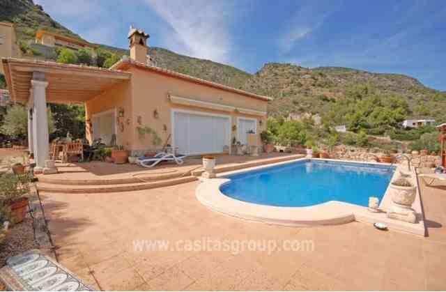 Villa en Pego, EUR 250,000