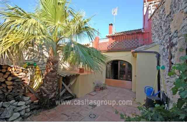Casa de Pueblo en Vall de Alcala, EUR 125,000