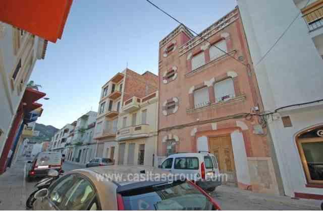 Casa de Pueblo en Pego, EUR 75,000