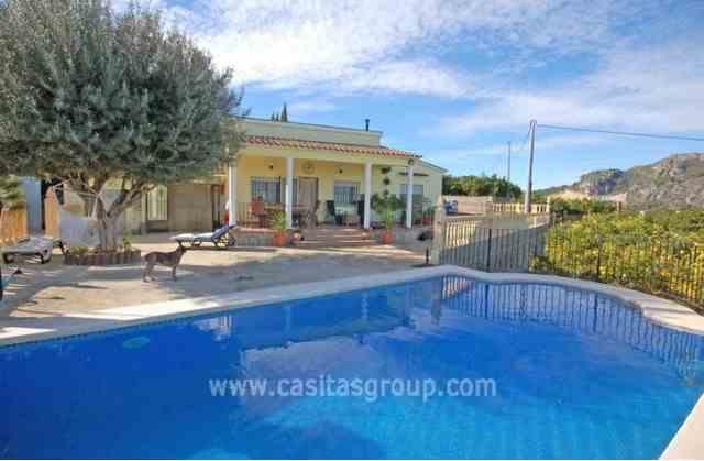 Casa de Campo en Pego, EUR 165,500