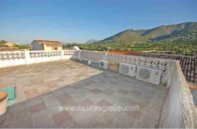 Casa de Pueblo en Adsubia, EUR 126,000
