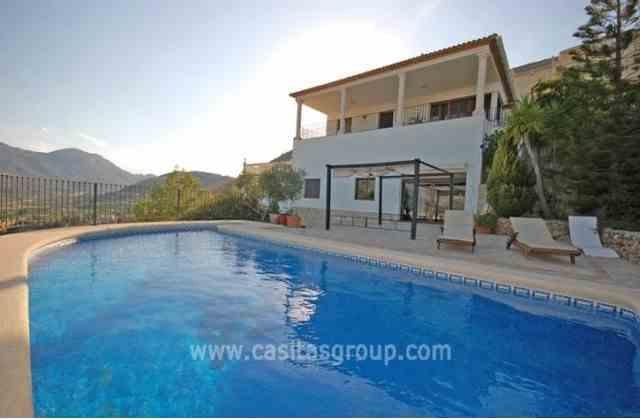 Villa en Pego, EUR 380,000
