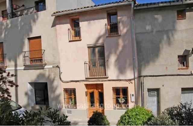 Casa de Pueblo en Castello de Rugat, EUR 75,000