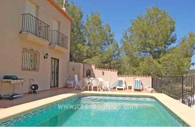 Villa en Adsubia, EUR 230,000