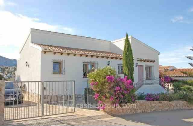 Villa en Monte Pego, EUR 215,000