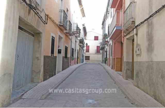 Casa de Pueblo en Vall de Gallinera, EUR 68,000