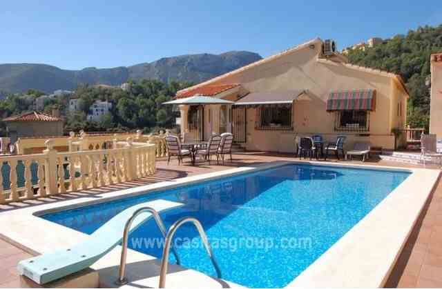 Villa en Adsubia, EUR 239,000